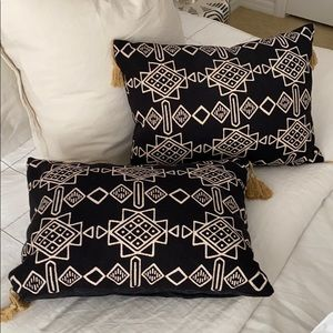 Tribal throw pillows (set of 2)